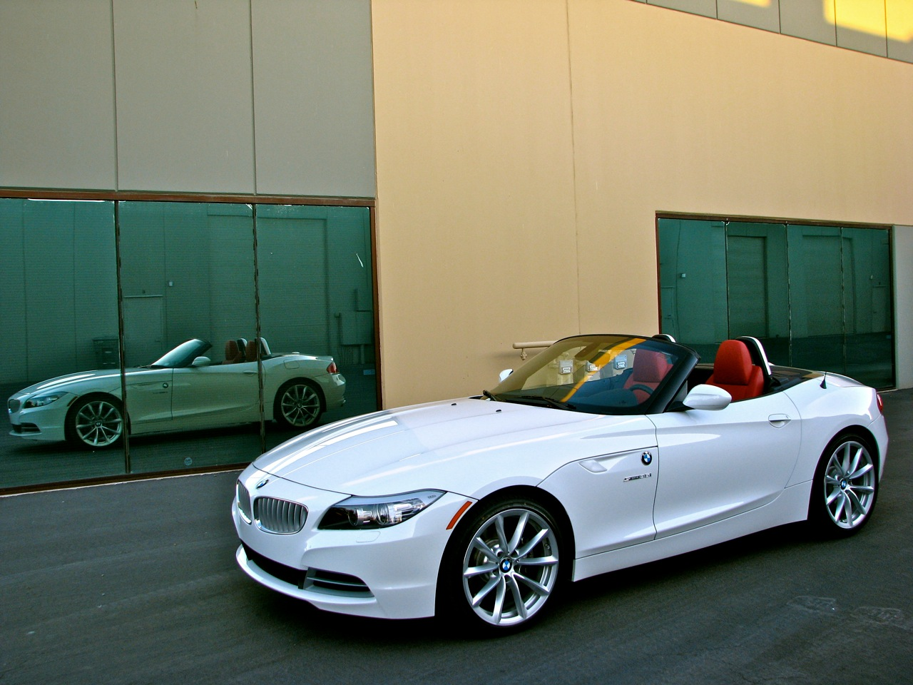 Took More Shots Of My 2010 Alpine White Z4 Earlier Today