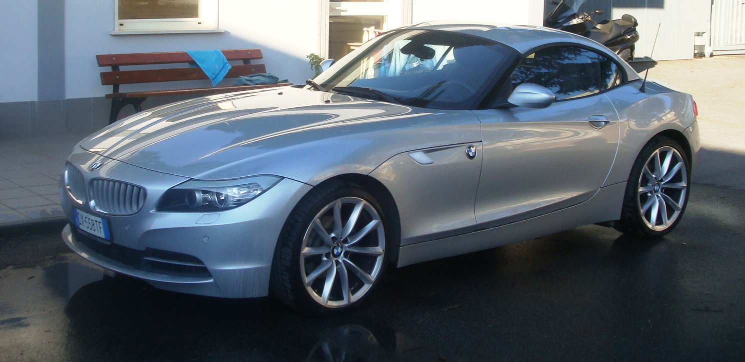 Sell Z4 2.3i Six Month....almost New!! (Rome)