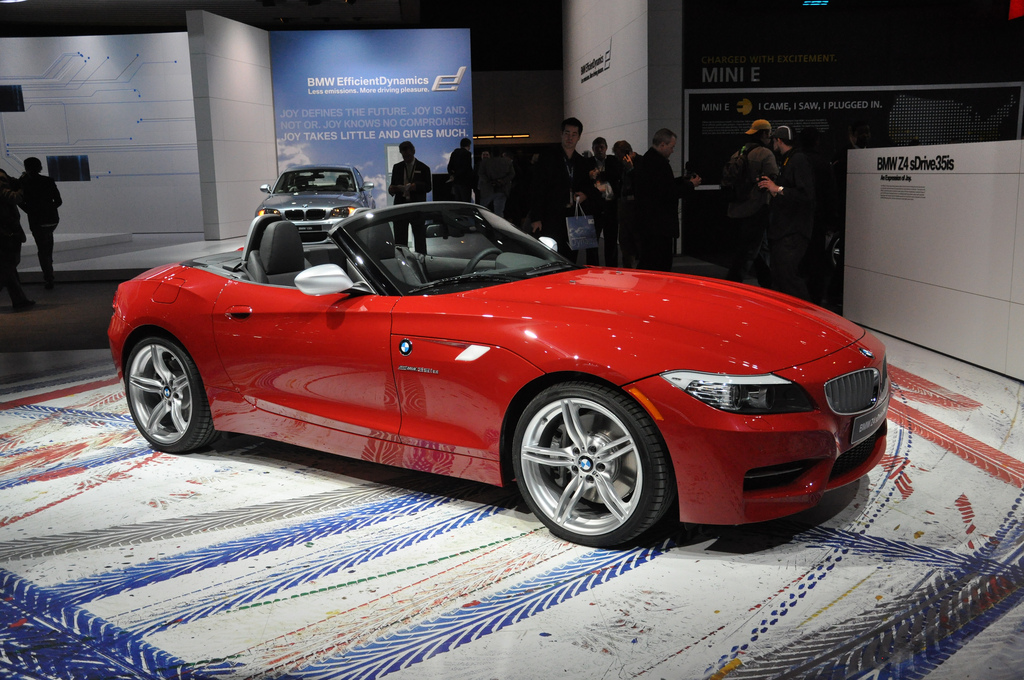 Bmw Z4 Sdrive35is At The Detroit Autoshow