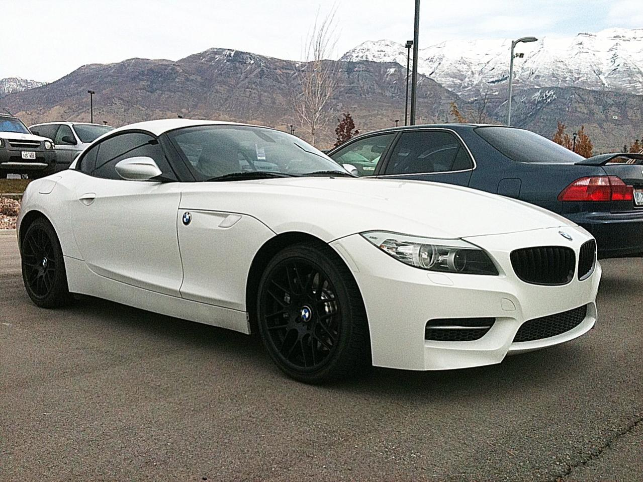 White z4 with matte black vmr vb3s winter set up sciox Choice Image