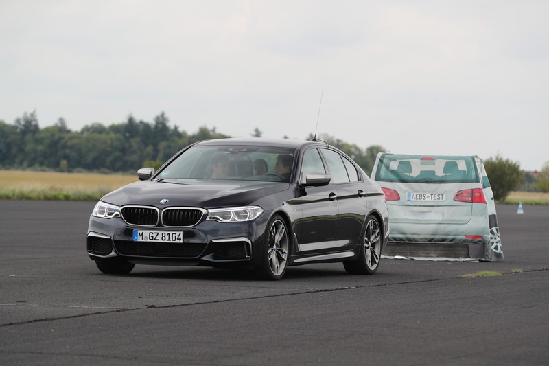 Name:  P90277326_highRes_40-years-bmw-and-min.jpg Views: 2164 Size:  82.5 KB