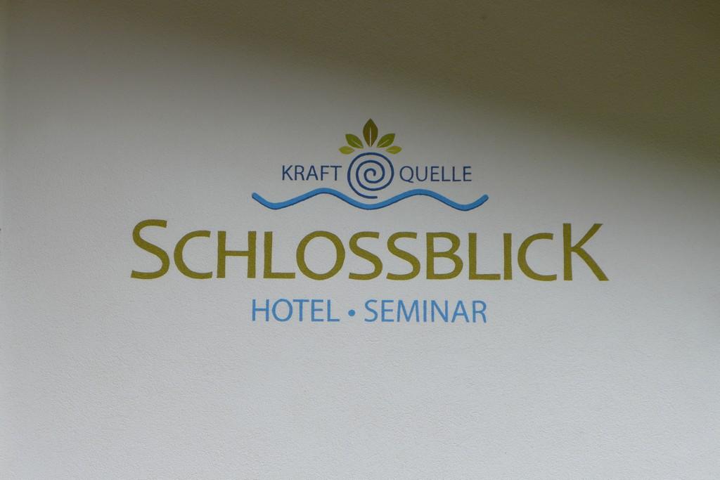 Name:  schloss Blick Hotel Kufstein   P1000990.jpg Views: 5763 Size:  144.2 KB