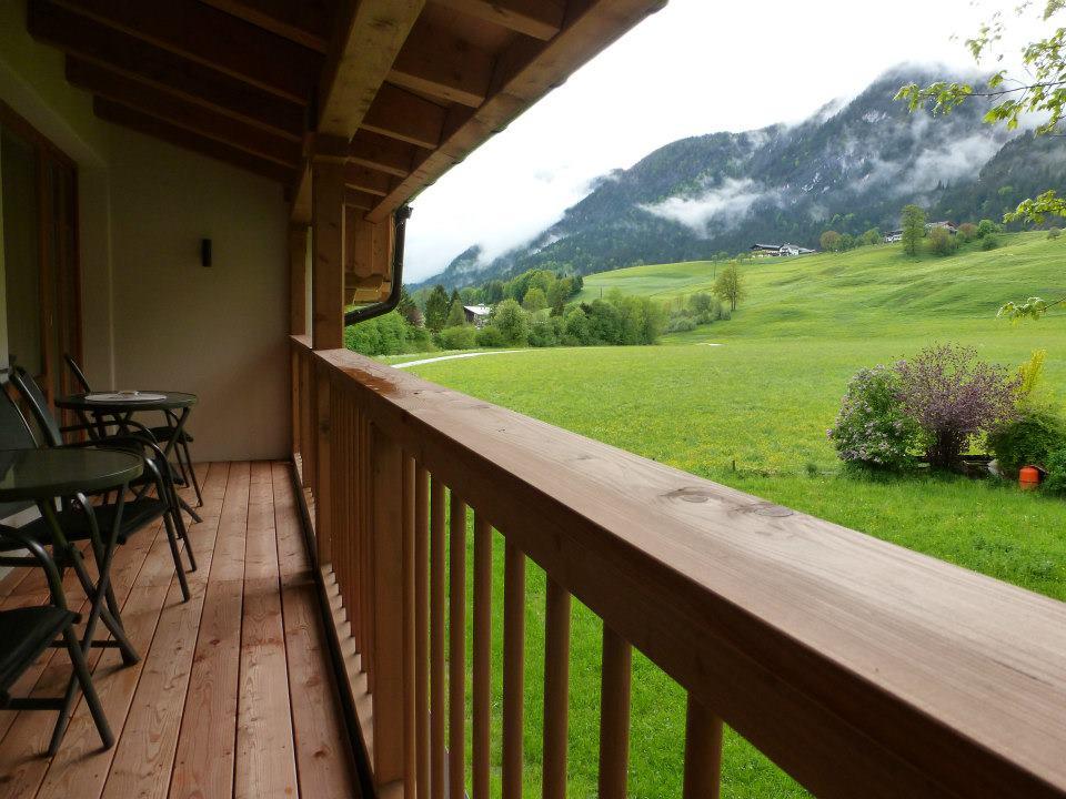 Name:  SchlossBlick Hotel near Kufstein, Austria599462_10151643354386171_1357125858_n.jpg Views: 5801 Size:  101.0 KB