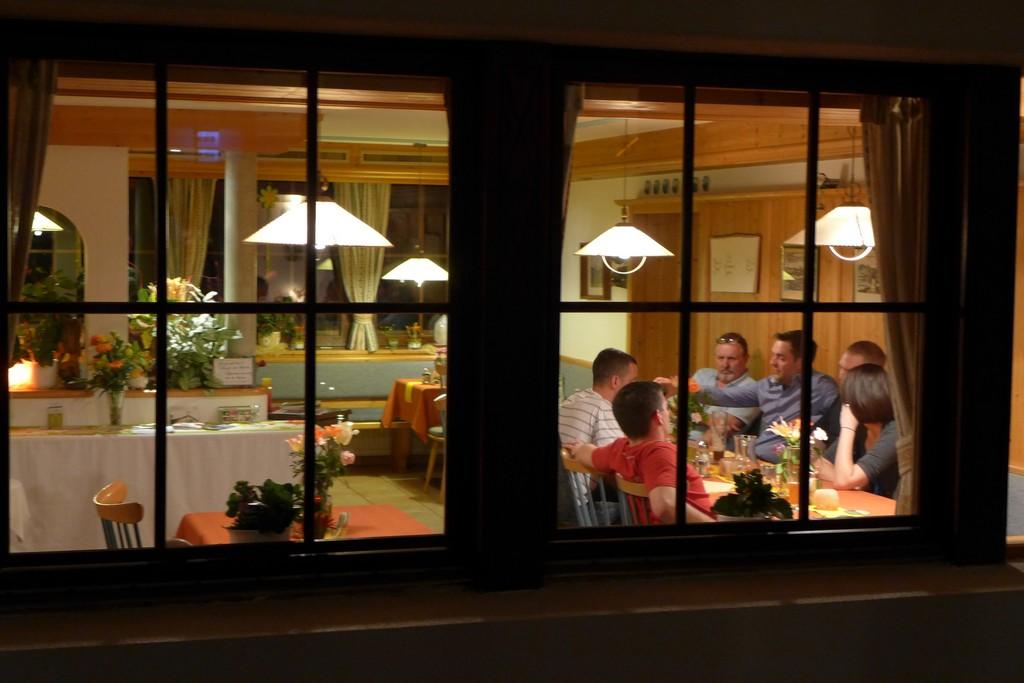 Name:  SchlossBlick Hotel near Kufstein, AustriaP1000936.jpg Views: 5738 Size:  150.4 KB