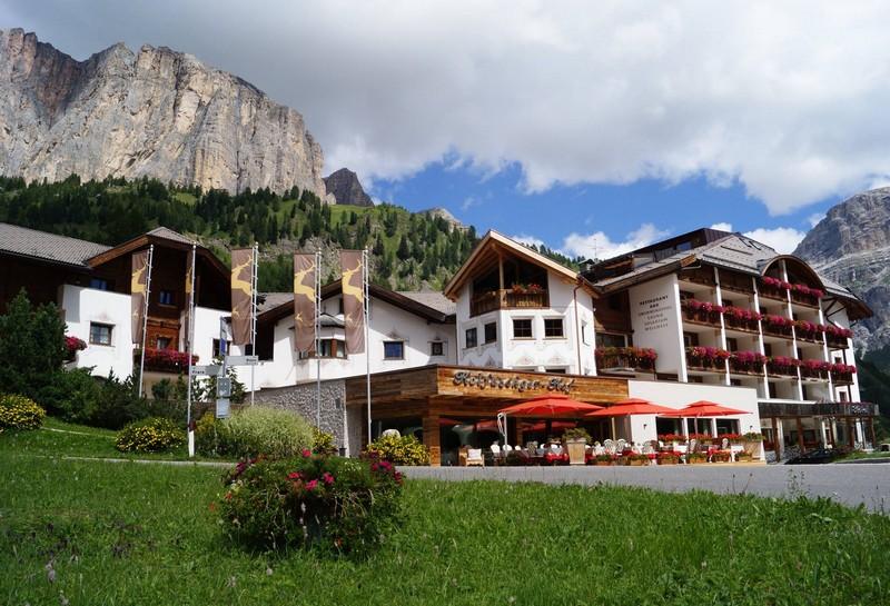 Name:  Sella  Hotel Kolfuschgerhof     10499343_704382849598048_534667051736844303_o.jpg Views: 7299 Size:  155.6 KB