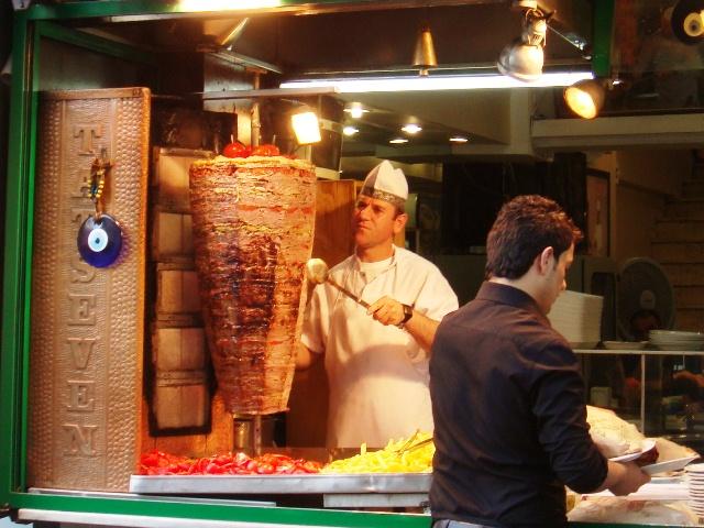 Name:  Doner_kebab,_Istanbul,_Turkey.JPG Views: 3194 Size:  153.4 KB