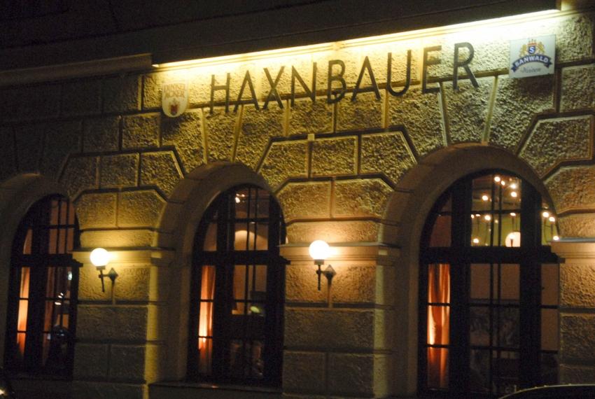 Name:  Haxnbauer im Scholastikahaus .jpg Views: 3413 Size:  412.3 KB