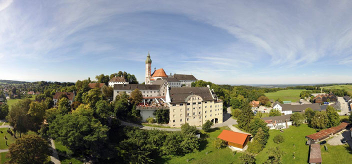 Name:  Kloster Andrechs mdb_109617_kloster_andechs_panorama_704x328.jpg Views: 4938 Size:  59.1 KB