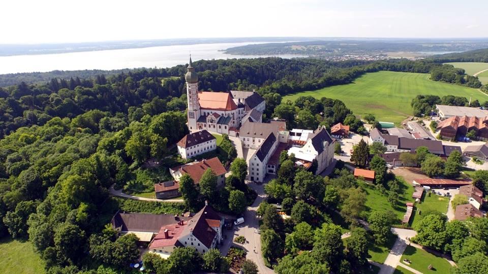 Name:  Kloster Andrechs11406952_10153334956172383_5282984285131791715_n.jpg Views: 4517 Size:  101.7 KB