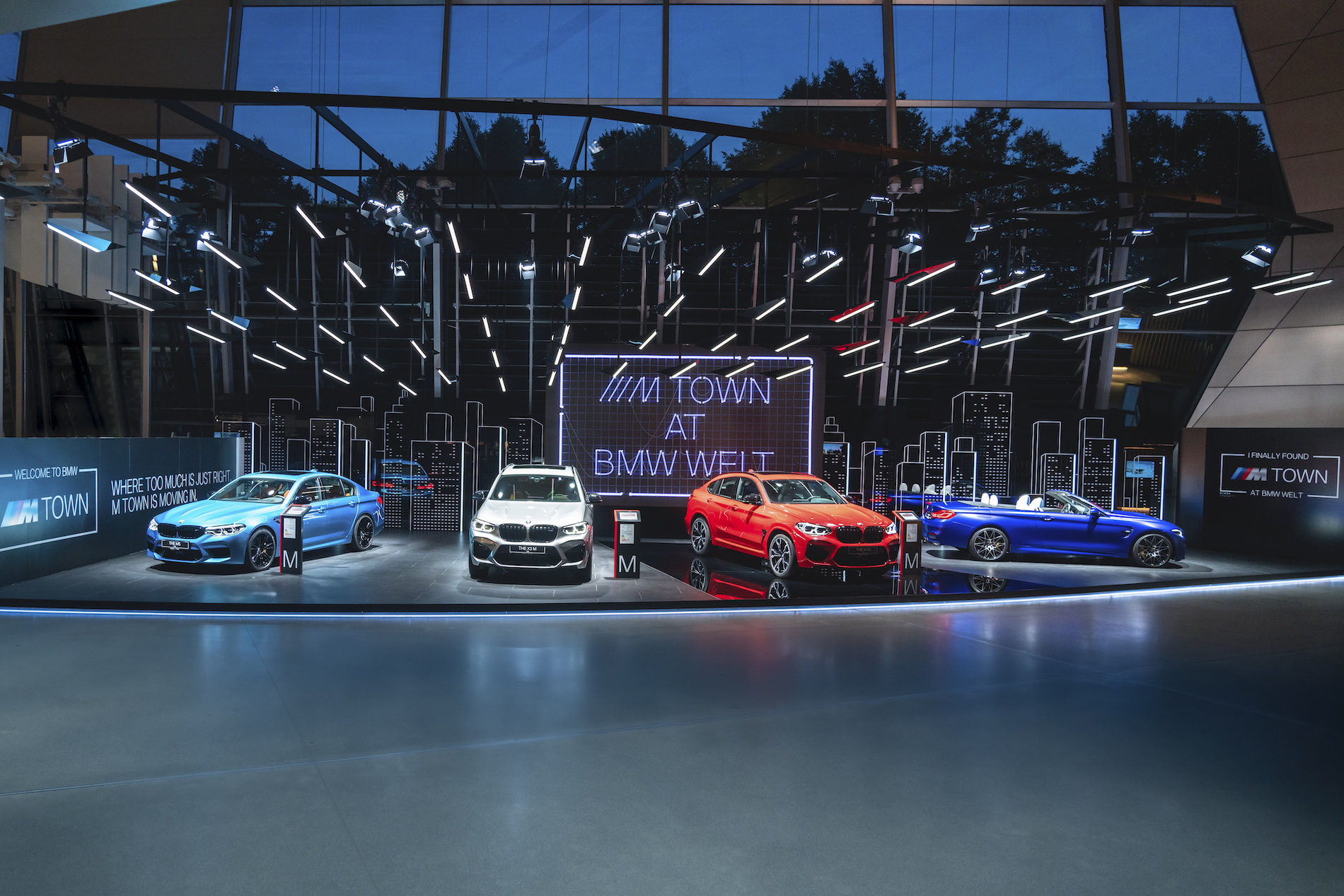 Name:  P90364059_highRes_m-town-at-bmw-welt-0.jpg Views: 4417 Size:  1.81 MB
