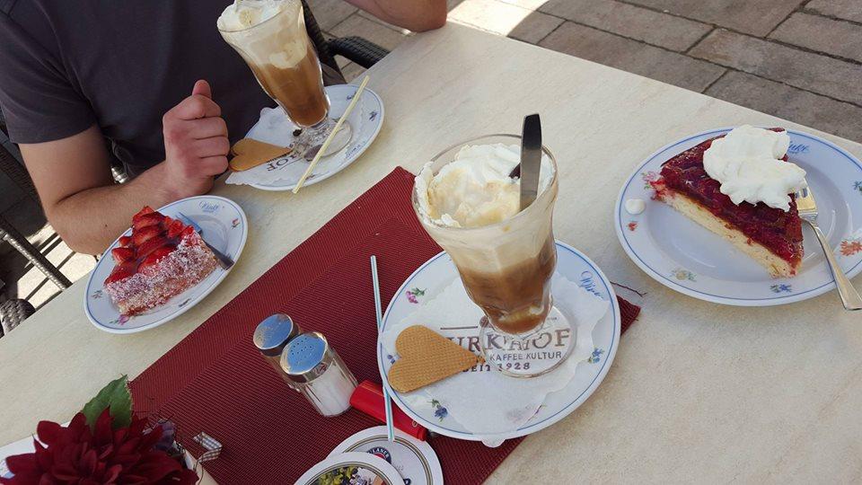 Name:  Winklstüberl Cafe   11220081_10153484950263567_1219844606769862688_n.jpg Views: 7838 Size:  98.5 KB
