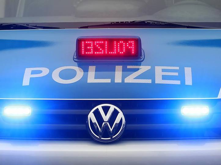 Name:  polizei blaulicht.jpg Views: 9272 Size:  37.3 KB