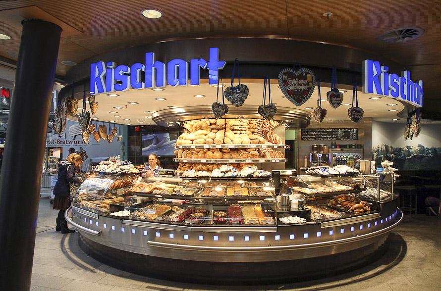 Name:  Cafe Rischart_2011.jpg Views: 3191 Size:  279.8 KB