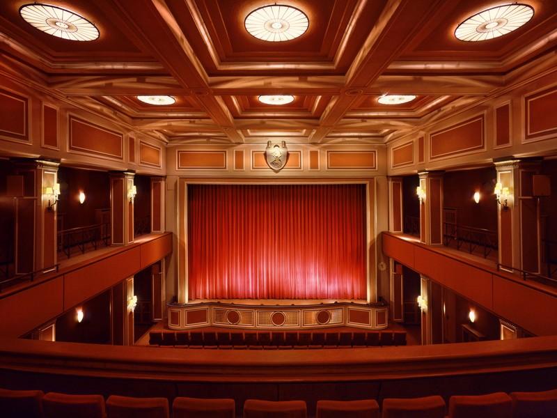 Name:  sendlinger-tor filmtheater-1.jpg Views: 3646 Size:  118.3 KB