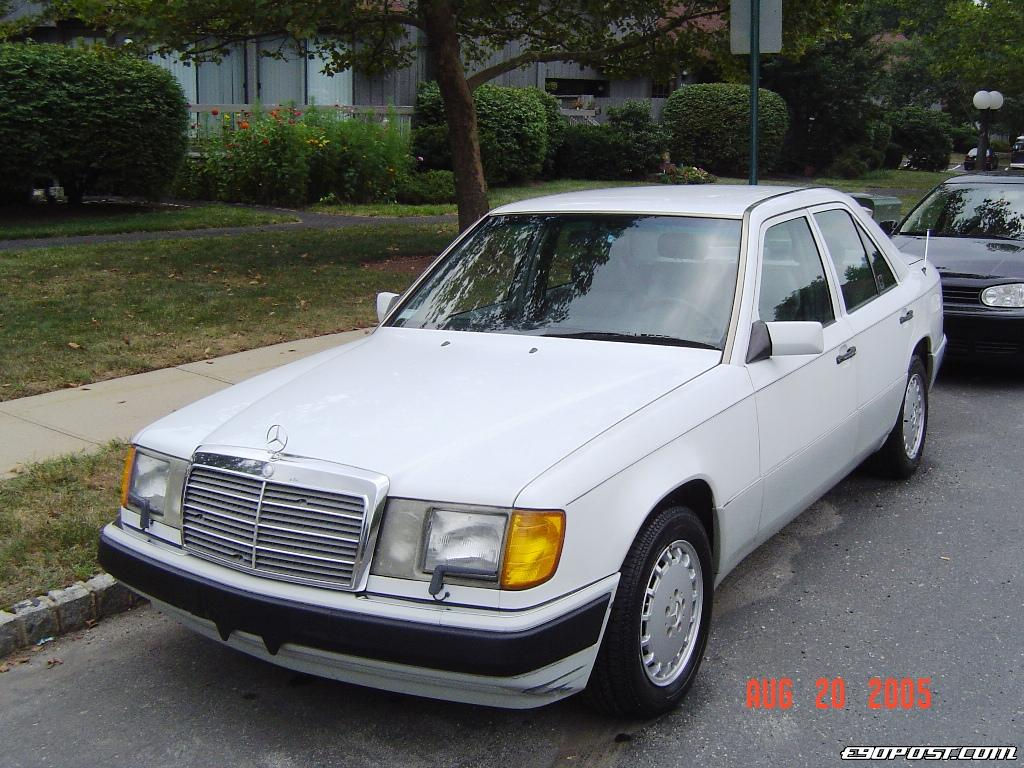 Mercedes benz e300 tahun 1990 for Mercedes benz 1990 e300