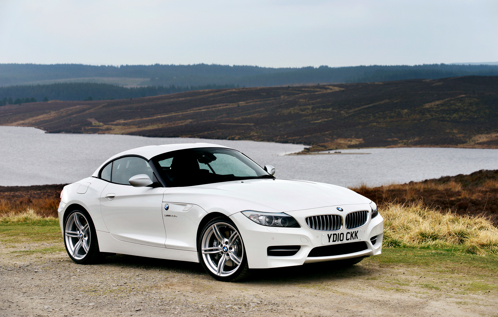 BMW 2011 Z4 sDrive35is range
